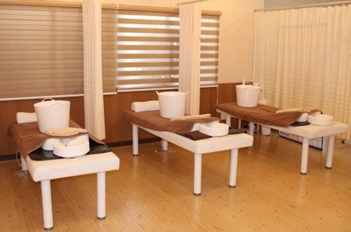 うるまの接骨院・整体の施術ベッド