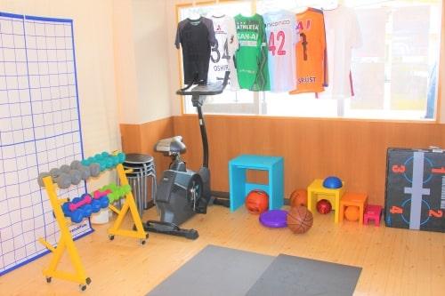 整骨院内で運動指導・トレーニング